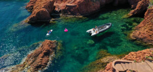 activity boat paddle esterel creeks