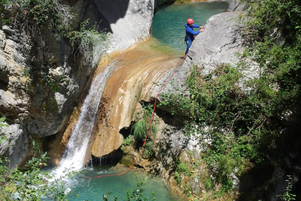 Canyoning à 1h de la Côte d'Azur
