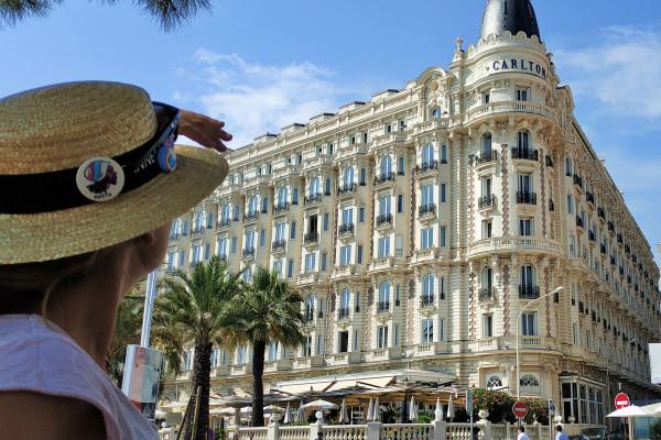 Contempler les palaces de la Croisette
