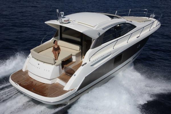 Location yacht Jeanneau prestige 42S  (6 personnes)
