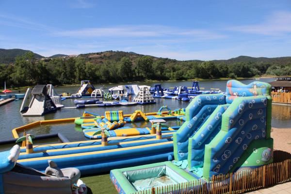 Accès à l'Aquakids - Parc Enfant 2-8 ans - Lac Perrin