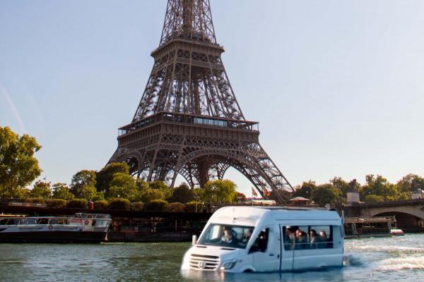 Parisducktour et ses équipes vous amèneront en mode Slow tourisme dans Paris, au plus prés des plus beaux monuments, via sa plus belle avenue, La Seine!